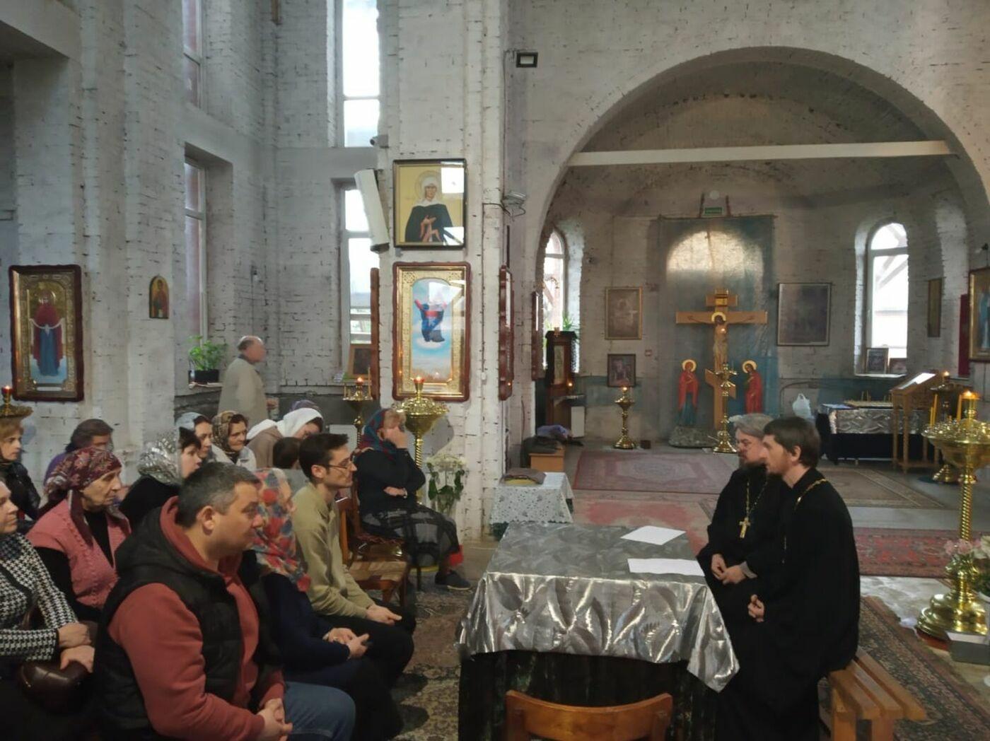 Иерей Александр Шигалев посетил Свято-Никольский храм