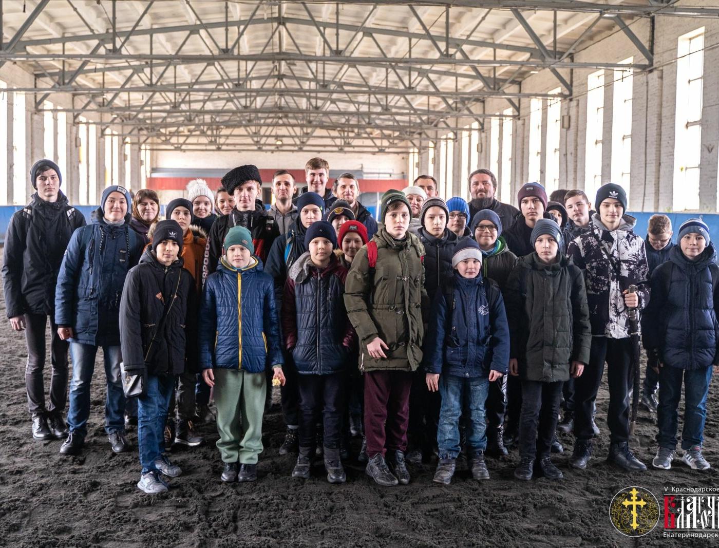 Ученикам воскресной школы рассказали о военных подвигах конного казачества