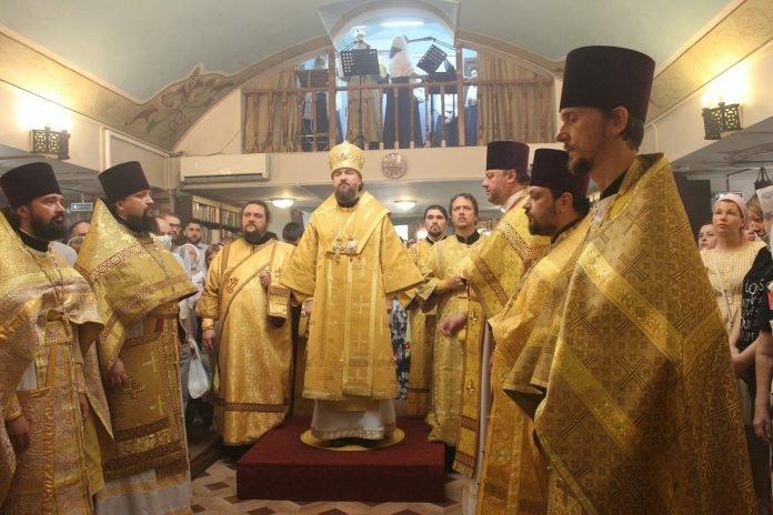 Митрополит Григорий совершил Литургию в нашем храме